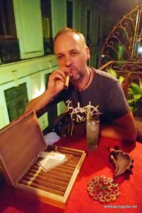 Najważniejsze zasada nie kupować cygar na czarnym rynku !!! została złamana.
