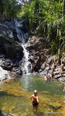 Tym razem schładzamy się w wodospadzie