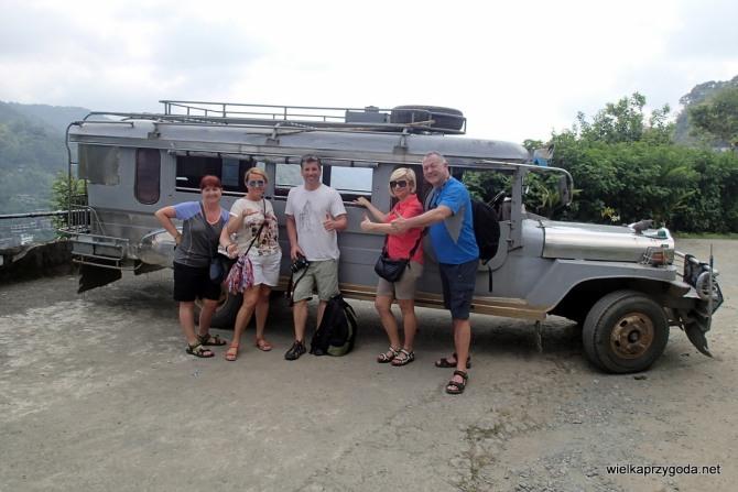 Jeepney to podstawowy środek transportu