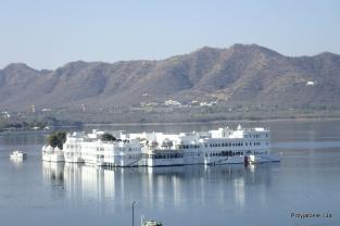Udajpur Taj Lake Palace